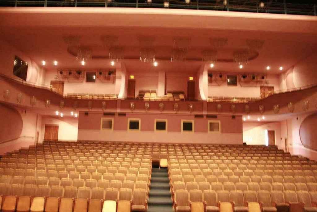 Афиша татарский театр нур театры театры краснодара афиша на апрель 2017