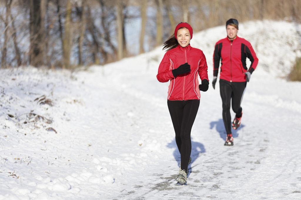 картинка бегущий человек зимой корю
