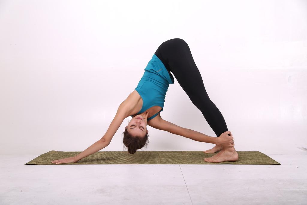 йога позиции фото сделать