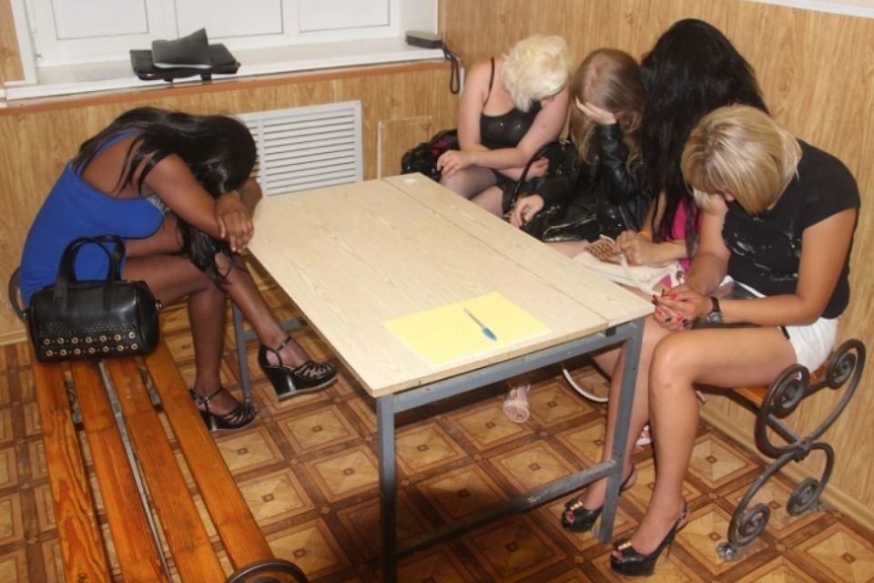 Допрос проституток все проститутки мытищ