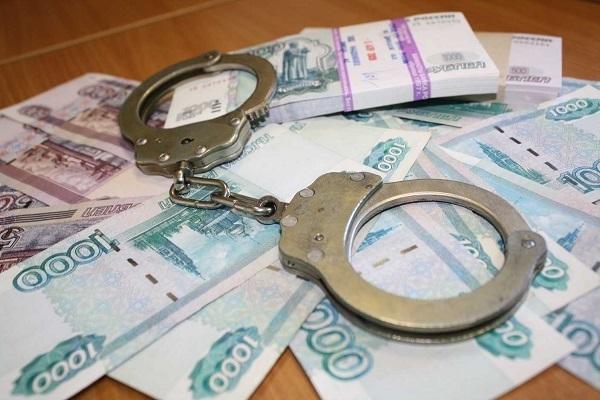 Молодой судебный пристав изУфы предложил девушке закрыть долг завзятку