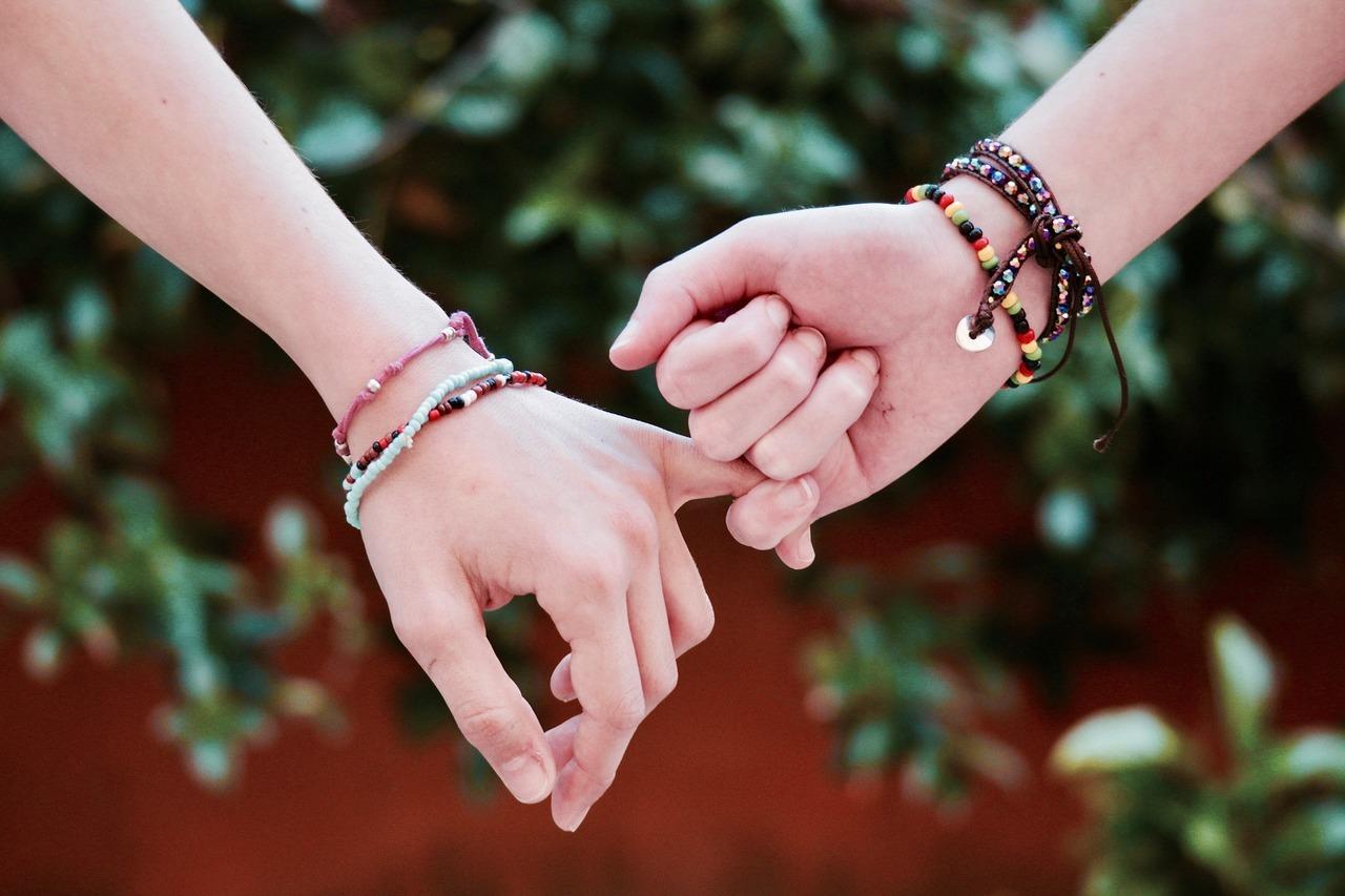 Картинки о дружбе и друзьях, надписью дай