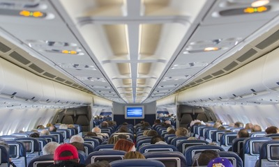 Page medium airplane seats 2570438 960 720
