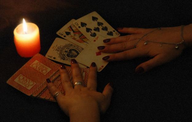 Гадание на картах: все способы гадания на игральных картах